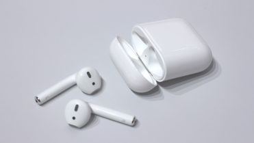 Airpods-with-windows